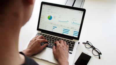 community metrics analytics
